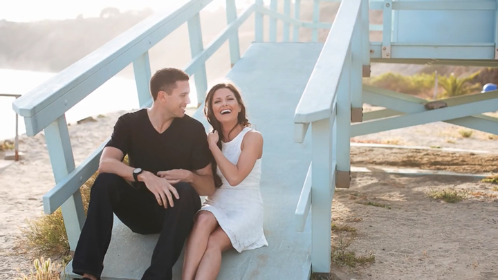3 Posing Tips for Engagement Photos.mp4_snapshot_00.17_[2015.05.26_16.35.38]